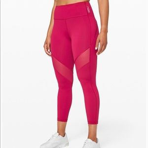 "Lululemon Stronger As One Tights 25"" Magenda Sz 4"